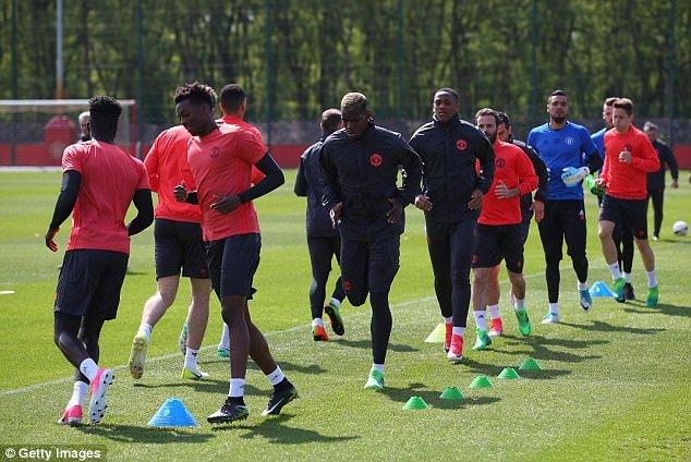 Jose Mourinho: 'Qua tre de MU dua Top 4 Ngoai hang Anh' hinh anh 2