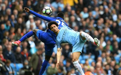 Video ket qua Man City vs Leicester: Danh bai Leicester, Man City vuot mat Liverpool hinh anh 1