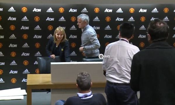 Mourinho hop bao 11 giay, noi dung 1 tu hinh anh 1