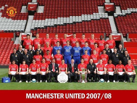 Man United 08 XI: Cau chuyen ve tinh dong doi bat diet hinh anh 2