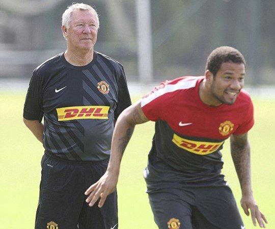 Bebe: Hop dong chuyen nhuong toi te nhat thoi dai Alex Ferguson hinh anh 2