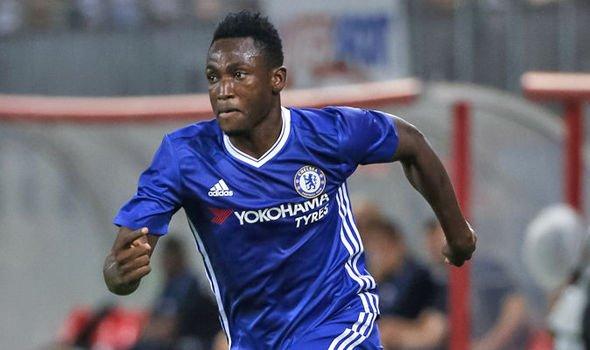 Tin chuyen nhuong Chelsea: 3 nam,122 trieu bang de thay the Ashley Cole hinh anh 2