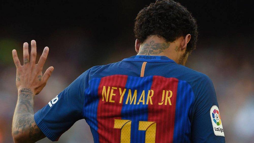 Khong con Neymar, Barcelona phai doi mat voi nguy co gi? hinh anh 1