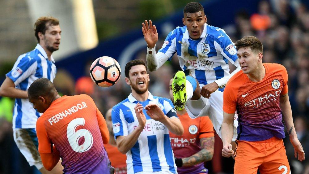 Truc tiep Hudderfield vs Man City, Link xem Ngoai Hang Anh 2017 hom nay hinh anh 6