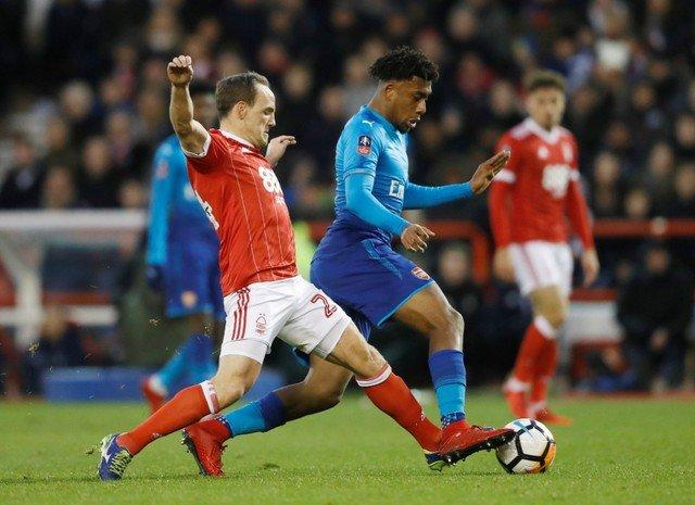 Video ket qua Nottingham Forest 4-2 Arsenal: Phao thu thua dau doi hang Nhat hinh anh 1