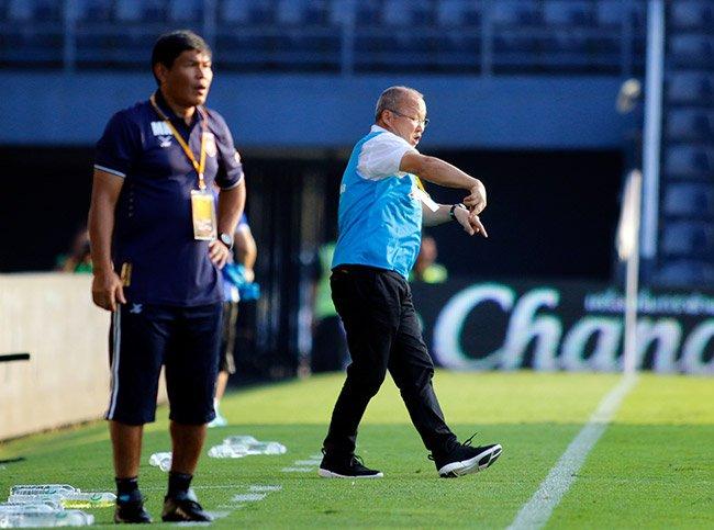 U23 Viet Nam thang tran lich su: Tuyet voi ngon lua cua thay Park Hang Seo hinh anh 2