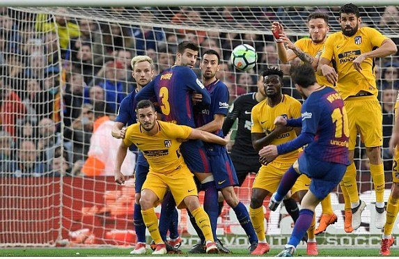 Messi lap sieu pham da phat, Barcelona khuat phuc Atletico Madrid hinh anh 1
