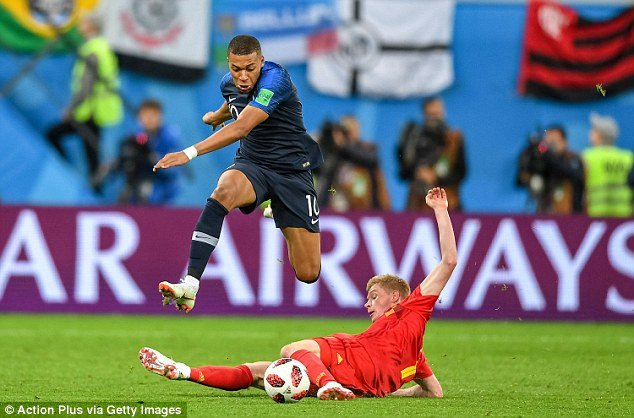 Kylian Mbappe: 19 tuoi, dai nao World Cup 2018 va huong toi sieu sao the gioi hinh anh 3