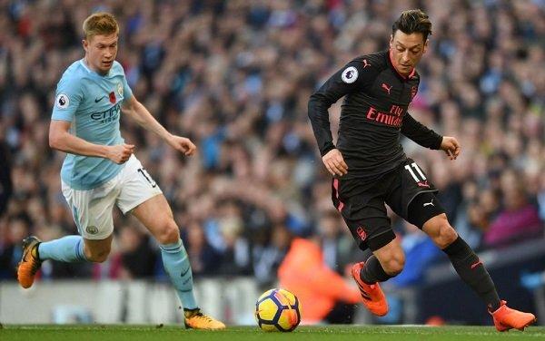 Arsenal vs Man City: Loi thach thuc den Nha vua hinh anh 2