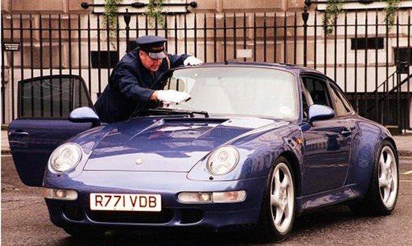 Anh: Ngam dan xe dep me li cua David Beckham hinh anh 3