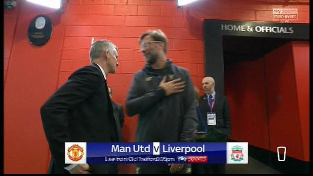 Diem nhan MU vs Liverpool: Klopp cham mat Solskjaer, ky luc thay nguoi 10 nam hinh anh 2