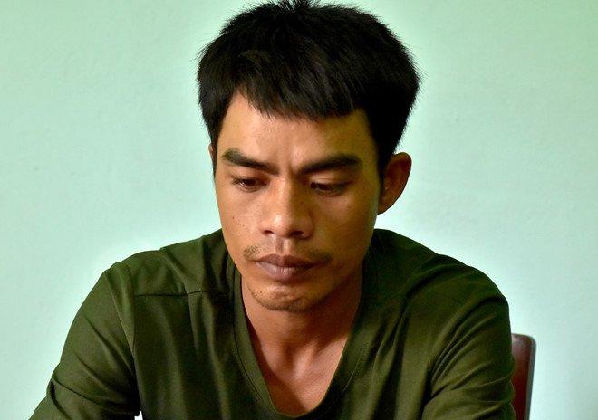 Dung sung nhua khong che tai xe taxi, cuop tai san hinh anh 1
