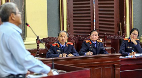 Nguyen pho thong doc Dang Thanh Binh bi de nghi 4-5 nam tu hinh anh 2