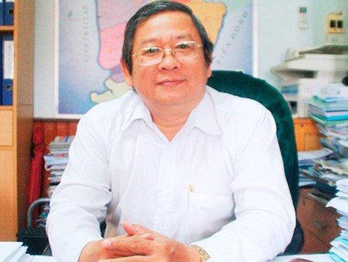 Nguyen Giam doc So Y te Ca Mau tiep tuc bi cảnh cáo hinh anh 1