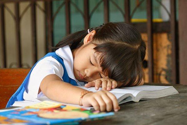 Sắp vào lớp 1 con vẫn chưa biết đọc, biết viết: Chuyện có đáng phải lo - ảnh 2