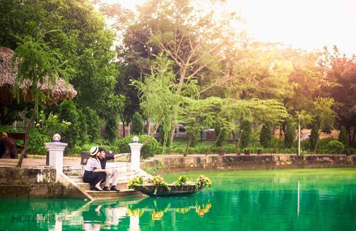 Không gian yên bình và rợp bóng cây xanh tại Đồng Mô hấp dẫn nhiều người