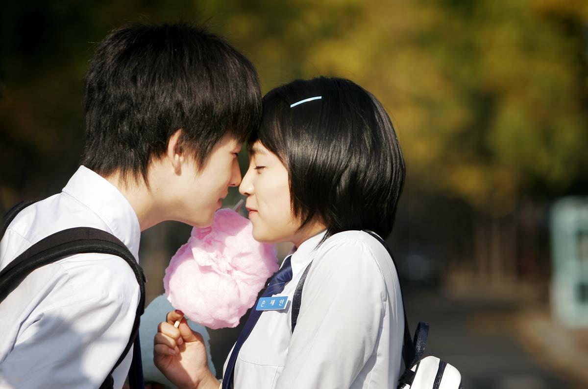 Image result for tình yêu học trò