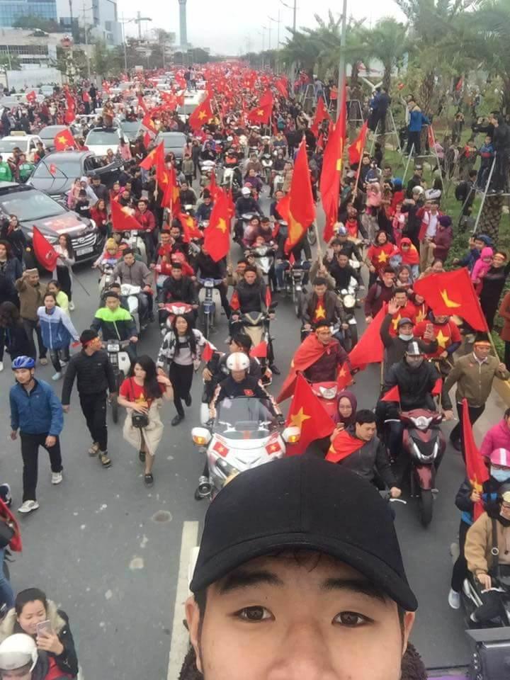 Bóng đá Việt Nam - Những người hùng U23 Việt Nam đã về nhà (Hình 8).