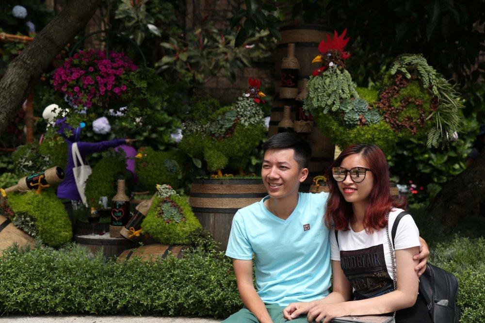 Nhung trai nghiem ly thu chi co tai Le hoi ruou vang Ba Na Hills 2017 hinh anh 11