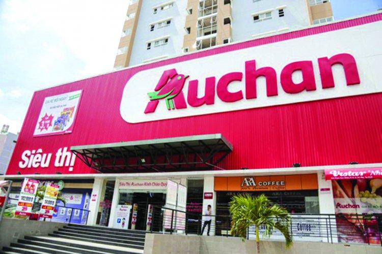 Sieu thi Auchan bi khach hang 'to' ban trung co doi hinh anh 1