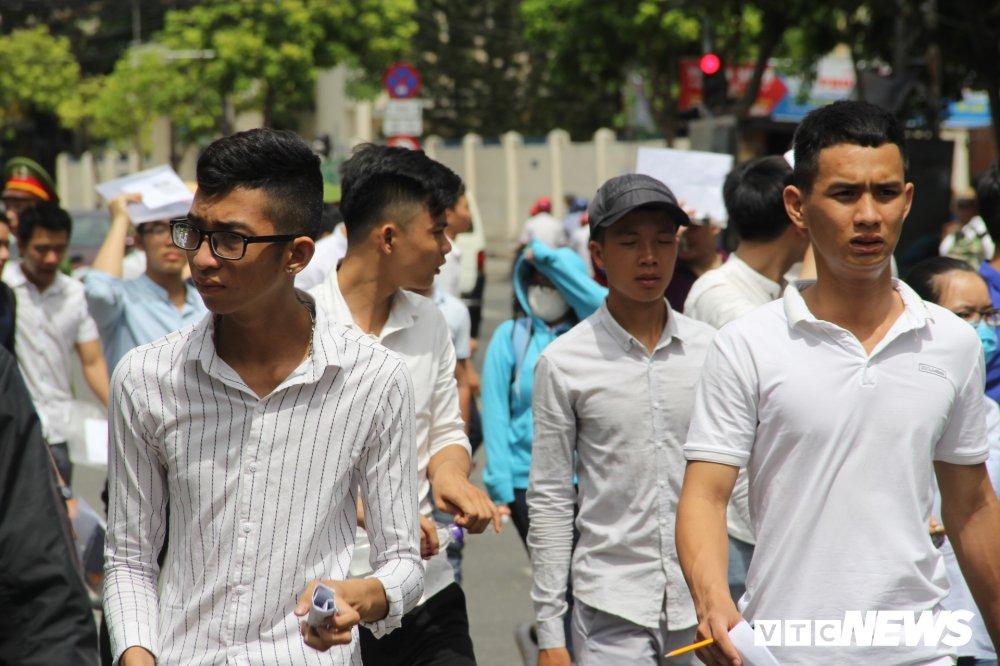Da Nang: 107 thi sinh bo thi trong ngay dau tien hinh anh 1