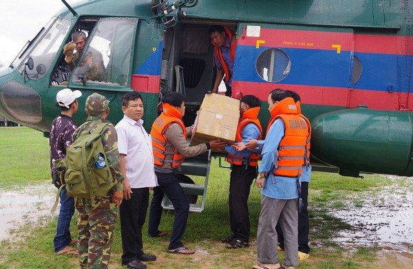 Gan 1.000 quan nhan Viet Nam giup Lao khac phuc su co vo dap thuy dien hinh anh 1