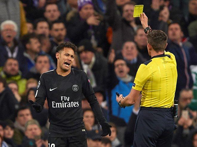 Chu tich PSG: 'Trong tai nang do Real Madrid' hinh anh 1