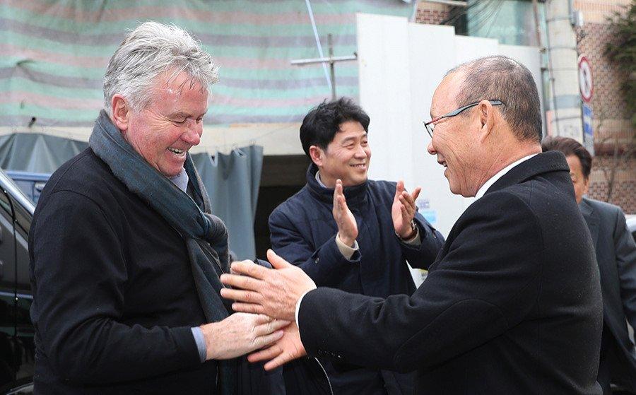 Guus Hiddink chuc mung thanh cong cua HLV Park Hang Seo hinh anh 1