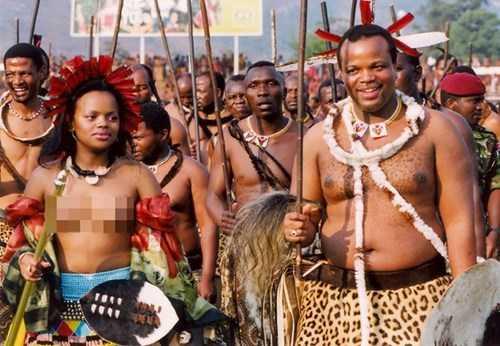 Choang voi thu an choi khong the tin noi cua vua Swaziland hinh anh 5