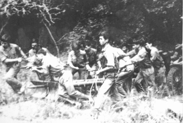 Chien thang Xuan Loc: Mo toang 'canh cua thep' tien ve Sai Gon 1975 hinh anh 1