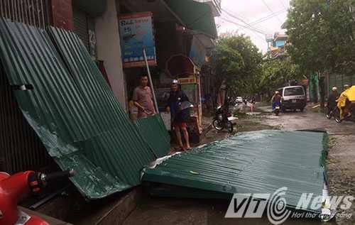 Anh: Thai Binh 'toi ta' sau khi bi bao so 1 quan thao hinh anh 3