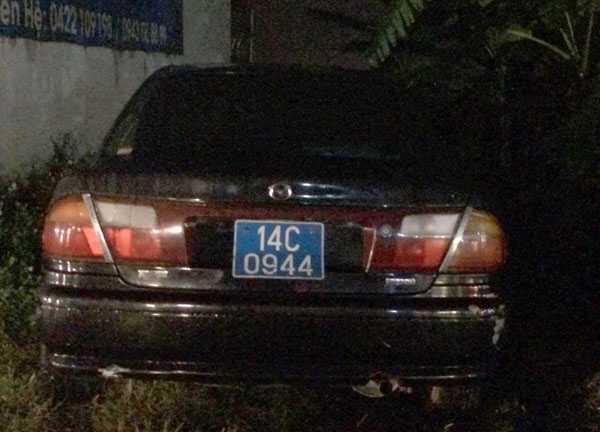 Quang Ninh xu ly hang loat xe bien xanh thanh ly 'nhon nho' tren duong hinh anh 2