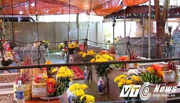 Su that chuyen tim thay mo Trang Trinh: Thay boi tu y khai quat mo trong nha hinh anh 1