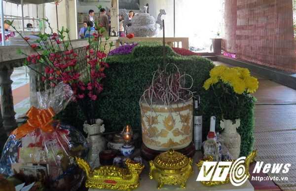 Su that chuyen tim thay mo Trang Trinh: Chuyen gia khao co cung doi khai quat mo trai phep hinh anh 4
