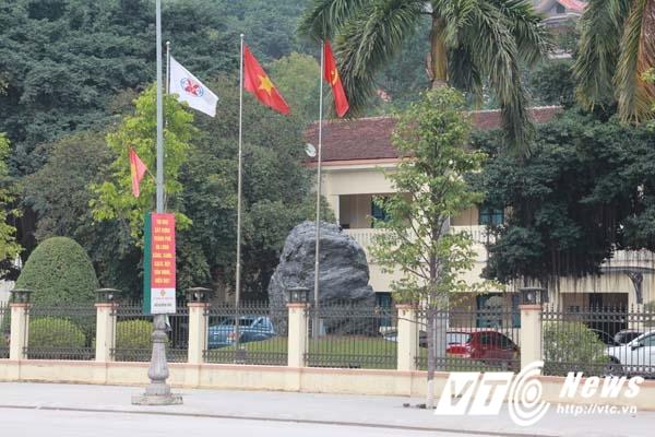 TKV no 100.000 ty dong: Can canh toa nha ngan ty cua TKV tai Quang Ninh hinh anh 10