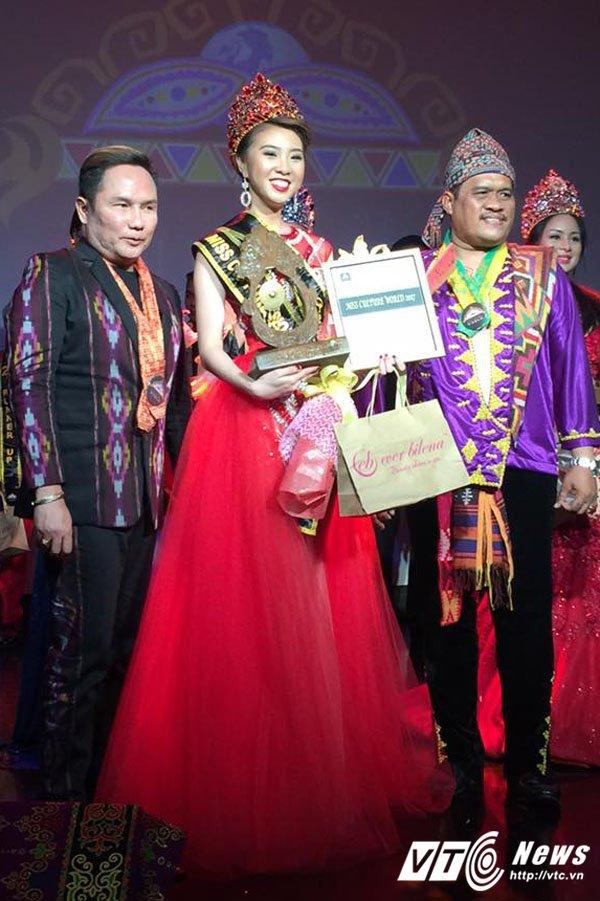 Nguoi dep Quang Ninh gianh giai Hoa hau Van hoa the gioi tai Philippines hinh anh 4