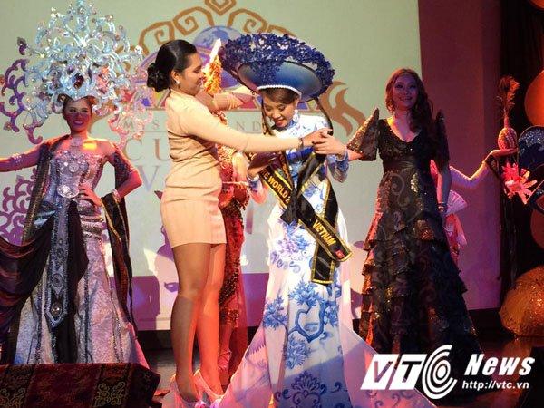 Nguoi dep Quang Ninh gianh giai Hoa hau Van hoa the gioi tai Philippines hinh anh 6