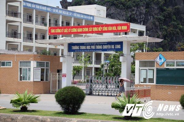 Phu huynh truong chuyen buc xuc sau ky sat hach 'la': So GD-DT Quang Ninh to chuc doi thoai hinh anh 2