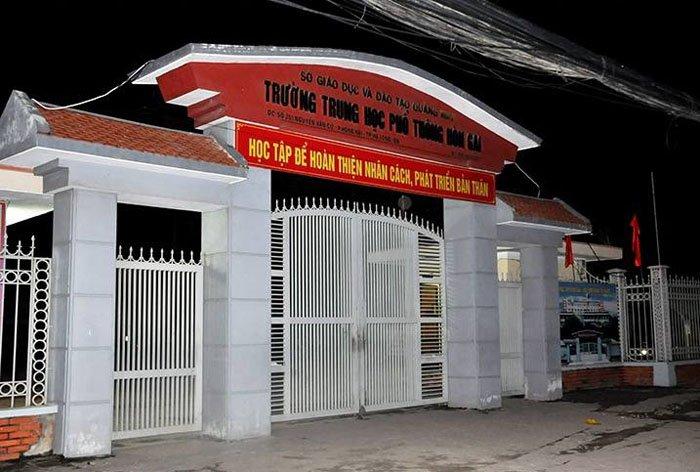 Nam sinh Quang Ninh de lai thu tuyet menh, nhay tu tang 5 tu tu hinh anh 1