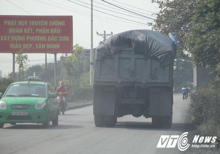 Anh: Can canh con duong mit mu bui than khien nguoi dan khiep dam o Quang Ninh hinh anh 9