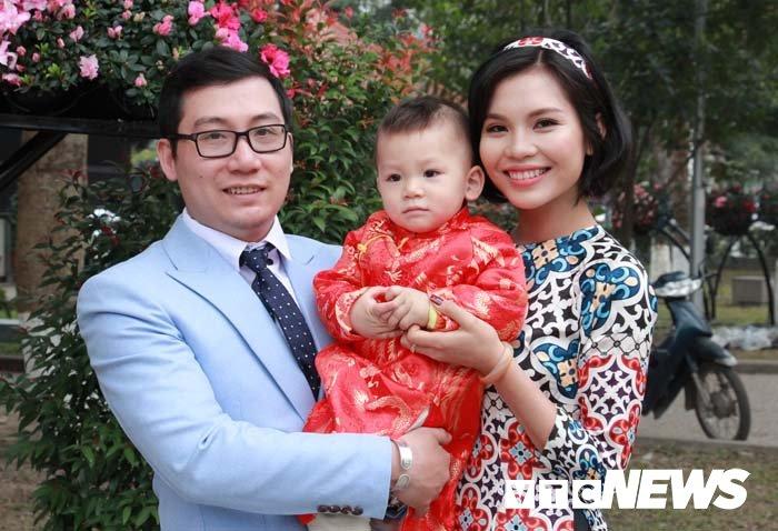 Pho phuong Hai Phong ruc ro don Tet Nguyen dan Mau Tuat hinh anh 14