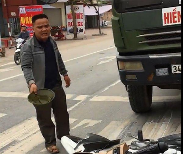 Tai xe xe tai tong xe CSGT: Cong an Hai Phong thong tin chinh thuc hinh anh 3