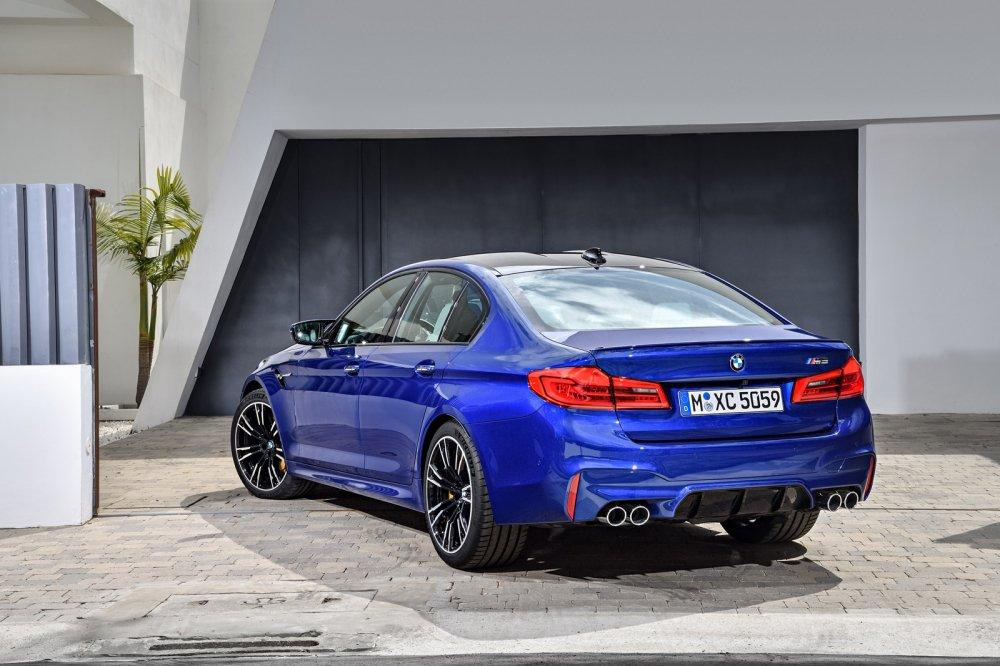 Ra mat BMW M5 nam 2018: Choang vi thoi gian dat toc hinh anh 2