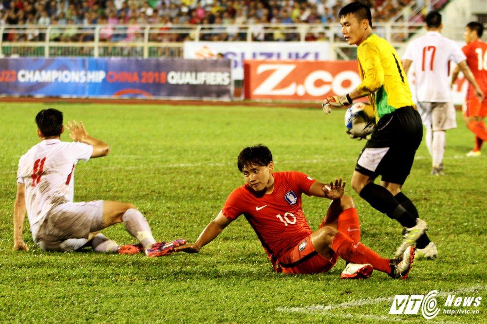 Truc tiep U22 Viet Nam vs U22 Han Quoc vong loai U23 chau A 2018 hinh anh 8