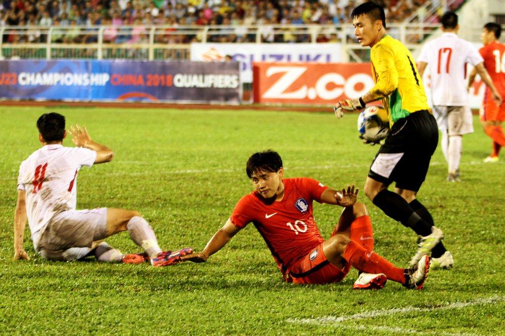 Truc tiep U22 Viet Nam vs U22 Han Quoc vong loai U23 chau A 2018 hinh anh 4