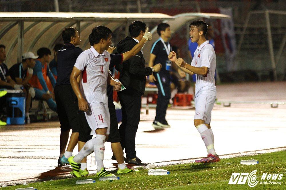 Truc tiep U22 Viet Nam vs U22 Han Quoc vong loai U23 chau A 2018 hinh anh 5