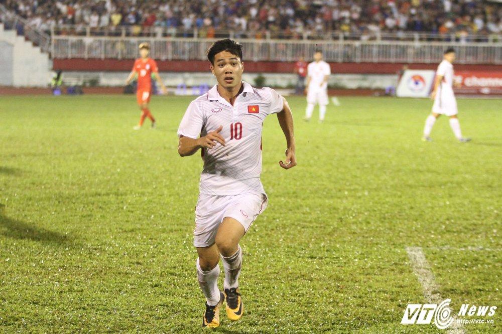BLV Quang Huy: Mung cho Cong Phuong bao nhieu, lo U22 Viet Nam phong ngu bay nhieu! hinh anh 4