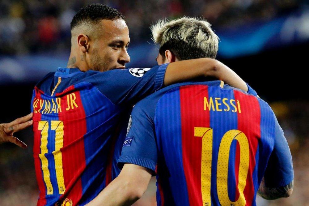 Su that sau buc anh 'Messi day Neymar khoi Barcelona' hinh anh 2