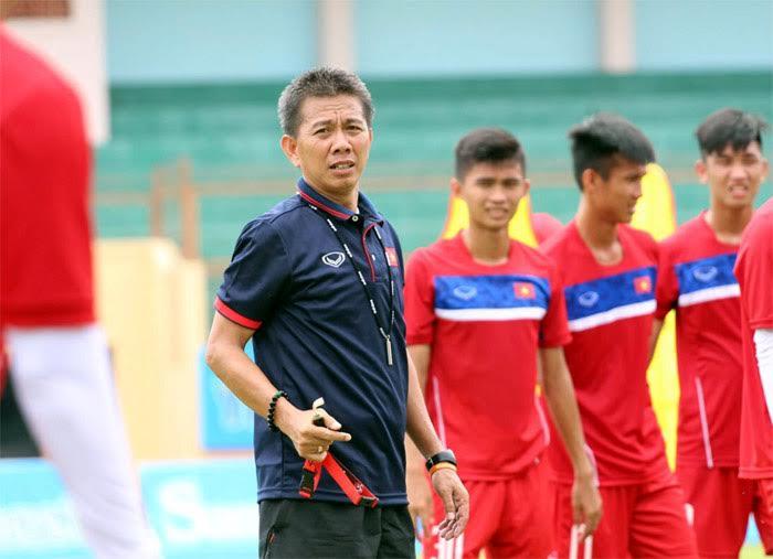 HLV Hoang Anh Tuan phat hoang vi U18 Viet Nam qua yeu the luc hinh anh 1