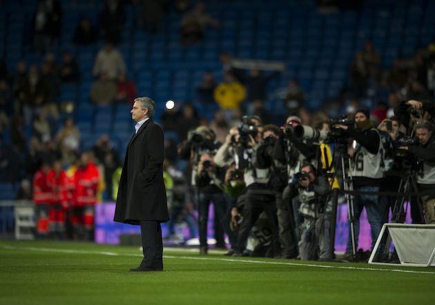 Mourinho: Toi khong co gang thong minh hon nguoi khac hinh anh 2